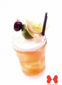 Amaretto Sour Cocktails