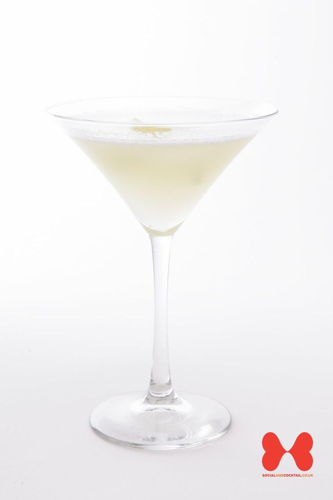 White Lady Cocktail Recipes Gin Triple Sec Cocktails