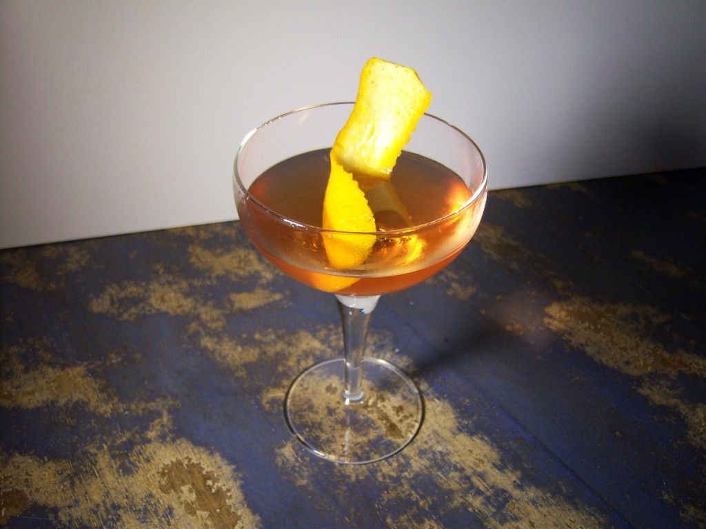 Manhattan cocktail cocktail with vermouth rob roy cocktail for Manhattan cocktail