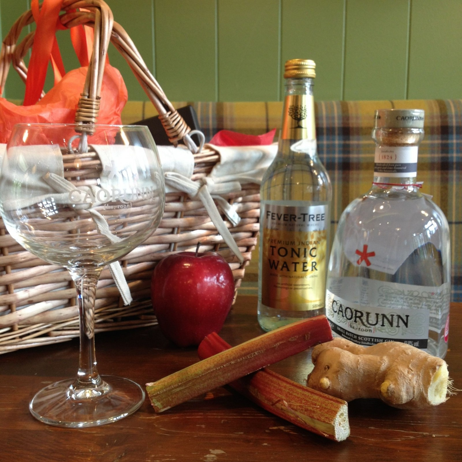 Autumn Cocktails: Mourning Summer? Caorunn Have You Covered With Their
