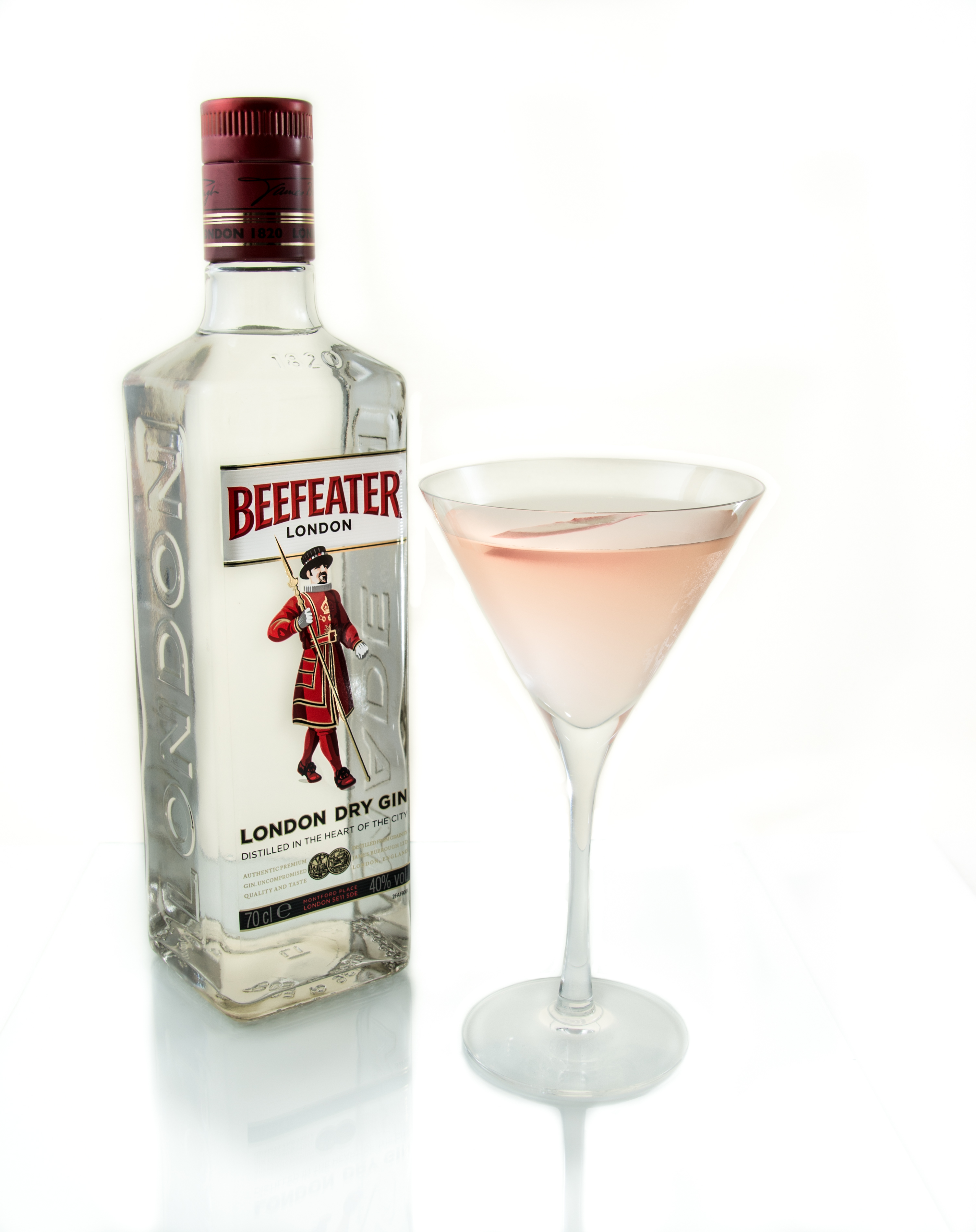 Premium cocktail kit beefeater gin cocktails for Mixed drinks using gin