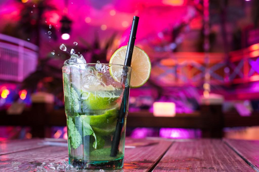 low calorie summer cocktail